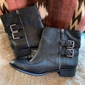 Nine West 'Just This' black short boots 9M, NWOT